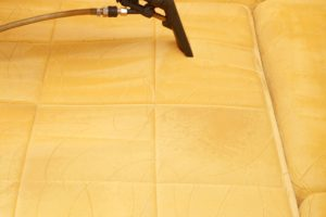 close-up-upholstery-cleaning-2